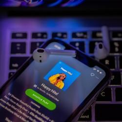Spotify 750 bin şarkıyı sildi!
